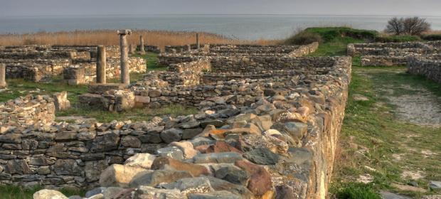 Care este cel mai vechi oraş din Român »