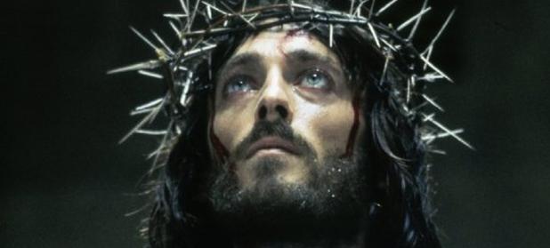 """Ce s-a întâmplat, la 40 de ani distanţă, cu actorul Robert Powell din seria """"Iisus din Nazaret"""", realizată de Franco Zeffirelli"""