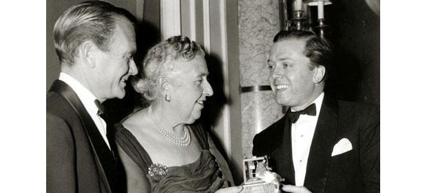 Cele 11 zile. Motivul din spatele dispariţiei MISTERIOASE a faimoasei scriitoare Agatha Christie