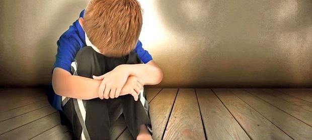 Peste 14.000 de cazuri de exploatare a copiilor, abuz și neglijare raportate anual