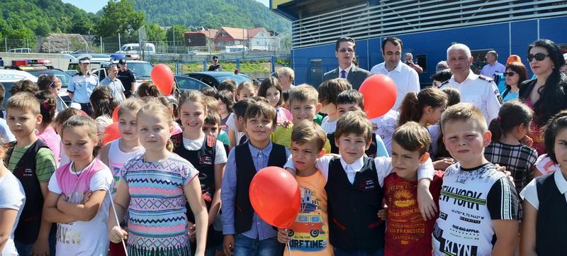 Peste 500 de copii prezenți la activitatea M.A.I. APROAPE DE COPII!