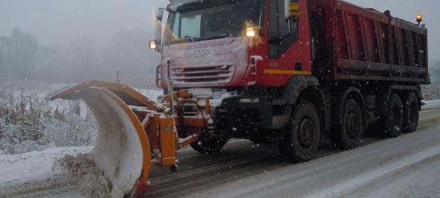 18.000 de tone de material antiderapant pentru rețeaua de drumuri de interes județean în iarna 2019-2020