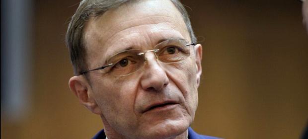 Avertismentul președintelui Academiei Române legat de școala online